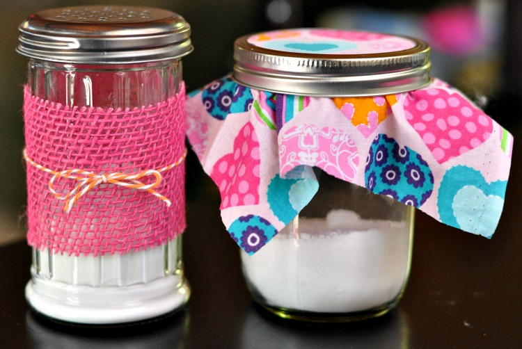 Tired of toxic air fresheners that cause respiratory issues? These easy DIY air freshener jars will give you health benefits and keep the air fresh using only 2 ingredients!